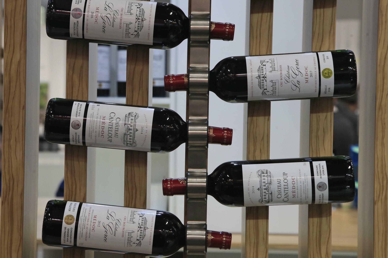 巴黎葡萄酒展會上的多瓶梅多克