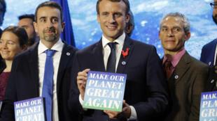 លោកប្រធានាធិបតីបារាំង Emmanuel Macron