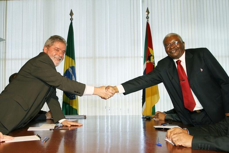 O Presidente Luiz Inácio Lula da Silva recebeu o Presidente da República de Moçambique, Armando Emílio Guebuza em julho de 2009