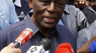 shugaban Angola José Eduardo dos Santos