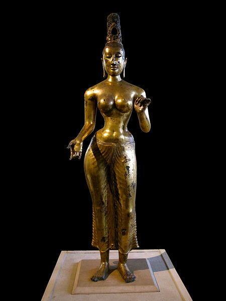 Tượng đồng bồ tát Cứu Độ Mẫu, Sri Lanka, thế kỉ 8 sau công nguyên (British Museum). Bàn tay phải bắt ấn thí nguyện.