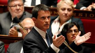 Le Premier ministre Manuel Valls, lors de la session à l'Assemblée nationale du 10 mai 2016.