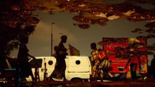 Kiripi Katembo, «Avancer», série «Un regard», 2011 (Tirage Lambda, 60 x 90 cm - Collection de l'artiste)