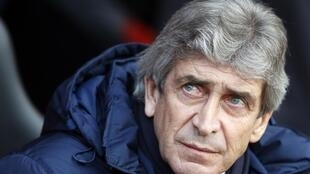 Manchester City boss Manuel Pellegrini sent out a youthful side for the FA Cup tie at Chelsea.