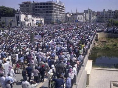 Maelfu ya wanaharakati wakiandamana nchini Syria