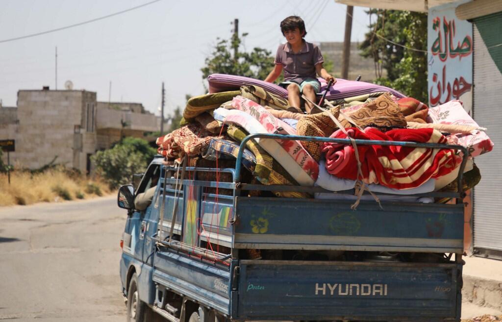 La population civile fuit les combats qui ont poussé à l'exode plus de 400000 personnes sur les trois millions d'habitants que compte Idleb, le 5 août 2019.
