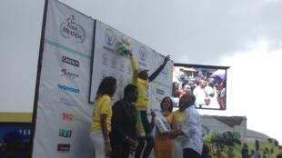Jean Bosco Nsengimana mshindi wa Tour du Rwanda, Novemba 22, 2015 katika uwanja wa Amahoro, Kigali.