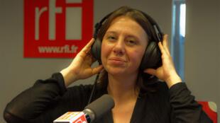 Monica Fantini, productrice de l'émission «Ecouter Paris et les villes du monde» est la Voix de RFI.
