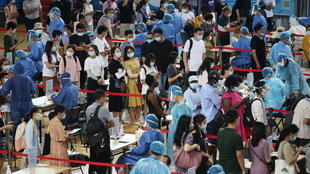 2021-07-22T105221Z_1292816480_RC2FPO9JKJOS_RTRMADP_3_HEALTH-CORONAVIRUS-CHINA