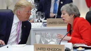 Firaministar Birtaniya mai barin gado Theresa May da shugaban Amurka Donald Trump