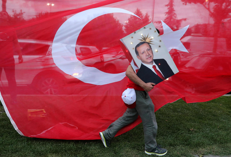 Erdogan, en el poder desde hace 15 años, fue reelegido para un nuevo mandato de cinco años.