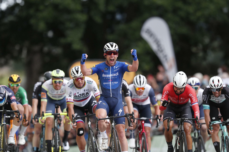 La joie du Britannique Mark Cavendish, vainqueur de la 4e étape du Tour de France, disputée entre Redon et Fougères, le 29 juin 2021