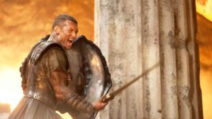 Diễn viên người Úc Sam Worthington trong vai anh hùng Perseus (DR)