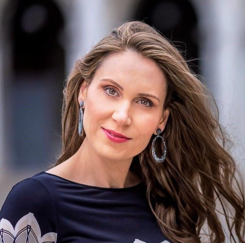 Anna Poliou é especialista em privacidade e proteção de dados no grupo Deloitte.