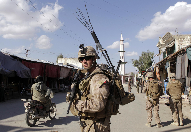 2012 : Gần 60 binh sĩ của Nato đã bị người mang quân phục Afghanitan bắn chết (REUTERS)