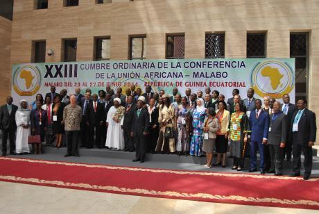 Photo de famille, après l'ouverture le 20 juin du 23e Sommet de l'Union africaine à Malabo, en Guinée équatoriale.