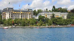 L'hôtel Beau-Rivage Palace à Lausanne accueille la deuxième édition du Sommet mondial des matières premières du 15 au 17 avril 2013.