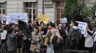 """Акция """"За честные Выборы"""", Париж,  8 декабря, 2011"""