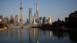圖為中國上海浦東遠眺景色
