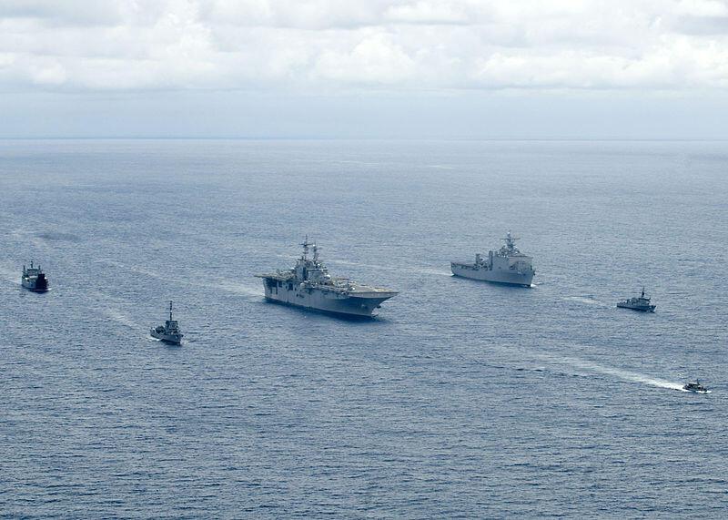 Hải quân Mỹ- Philippines tập trận trên biển năm 2009