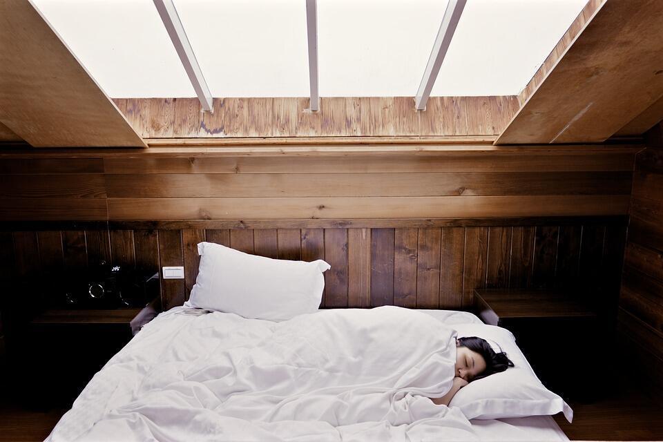 Faire la sieste a des vertus thérapeutiques.