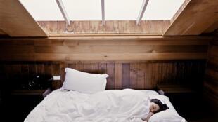 Nous passons un tiers de notre vie au lit.