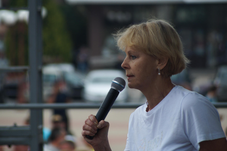 Анастасия Сташанина на митинге