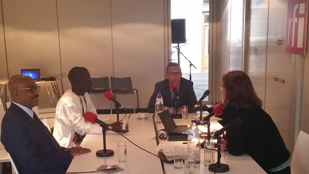 De g. à dr. : Michel Sidibé, Daouda Diouf, Patrick Bertrand et Claire Hédon.