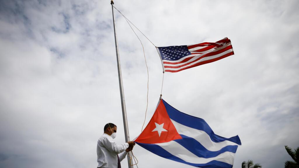 Cuba/Covid-19: l'inquiétude des familles pour leurs proches en Floride