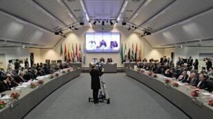 Une réunion des représentants de l'Opep au siège de l'organisme international à Vienne.