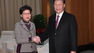 中国主席习近平在澳门接见林郑月娥率领的代表团,这是两人1个多月来的第三次见面2019年12月
