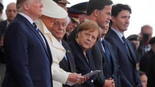 مقامات عالیرتبۀ شانزده کشور حاضر در مراسم «پورتسموث»- پانزده عضو تشکیل دهندۀ متفقین و آلمان- برای بزرگداشتِ هفتاد و پنجمین سالگرد اعزام نیرو به نُرماندی - ۵ ژوئن ٢٠١٩