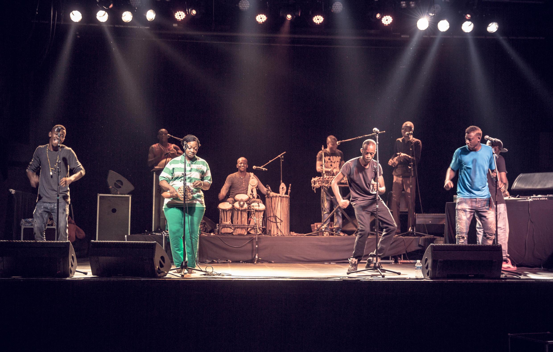 Le Balani Show Bizness de Bamako en répétition.