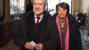 Jean and Xavière Tibéri arrive at the Paris court on Monday