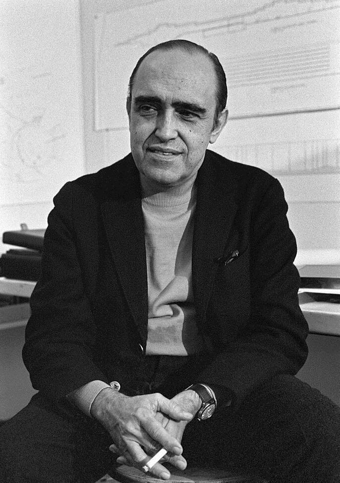 Oscar Niemeyer, o arquiteto de Brasília no Palácio do Louvre
