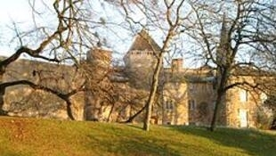 """le Château de Saint-Point ( """"拉马丁城堡(Château de Lamartine) """" )"""