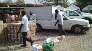 Le matériel de vote est acheminé dans les Etats pour les élections générales du samedi 28 mars.
