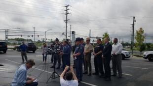 O xerife do Condado de Harford anuncia várias mortes e feridos durante o tiroteio numa rede de distribuição em Maryland, nos Estados Unidos, em 20 de setembro de 2018.