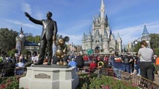 Disneyworld a rouvert ses portes aux visiteurs malgré l'épidémie de coronavirus qui continue de s'accélérer aux Etats-Unis.