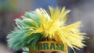 O Campeonato do Mundo do Futebol arranca hoje no Brasil.