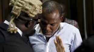 Le leader indépendantiste biafrais Nnamdi Kanu, détenu depuis octobre, est jugé au pénal devant la Haute Cour d'Abuja, ici le 20 janvier 2016.