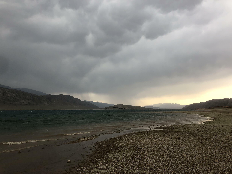 Торткульское водохранилище. Баткенская область, Кыргызстан, май 2021 г.