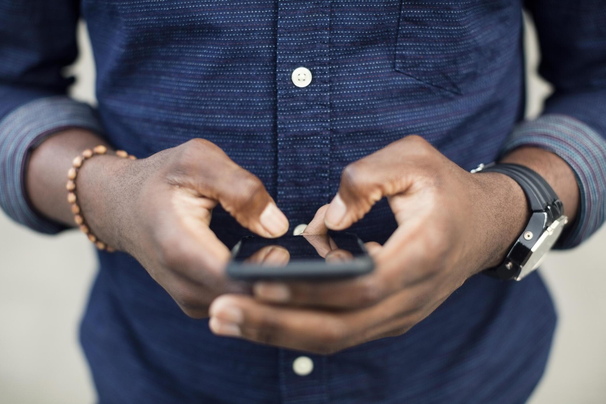 Agropad permet aux agriculteurs d'irriguer leurs champs à distance par simple SMS.