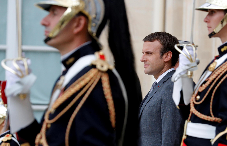 Emmanuel Macron s'apprête à recevoir des dirigeants africains et européens pour un sommet de l'immigration à l'Elysée.