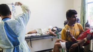 Seuls six des vingt hôpitaux que comptait auparavant Taëz, une ville de plus de 600.000 habitants, continuent à fonctionner, et souvent partiellement, indique MSF.