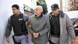 Ex-ditador argentino Jorge Videla durante julgamento por seu envolvimento na Operação Condor, foto de 5 de março de 2013.