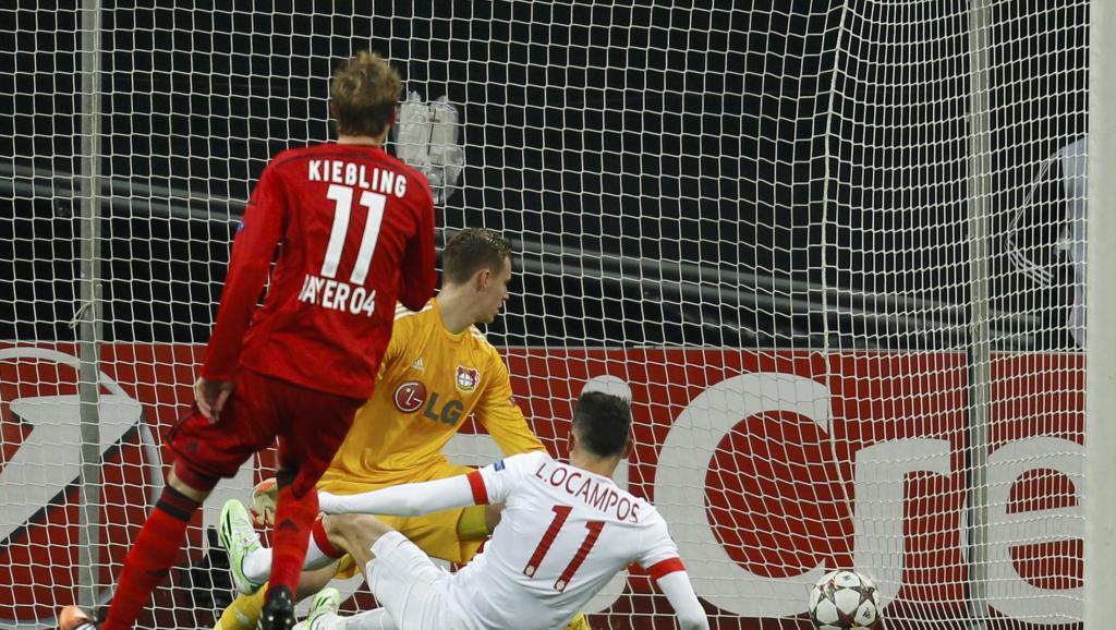 Ocampos akiifungia klabu yake ya Monaco dhidi ya Bayer Luverkusen.