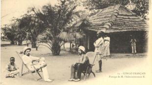 Các nhà thực dân tại Congo thuộc Pháp năm 1905