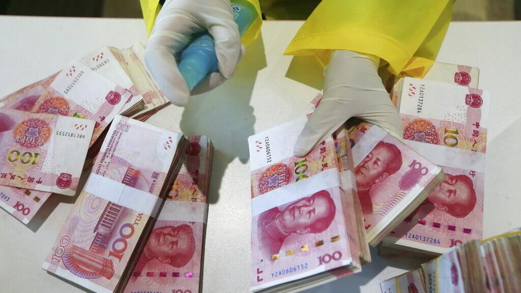 Những món nợ Trung Quốc tiềm ẩn và rủi ro chính trị cho Việt Nam