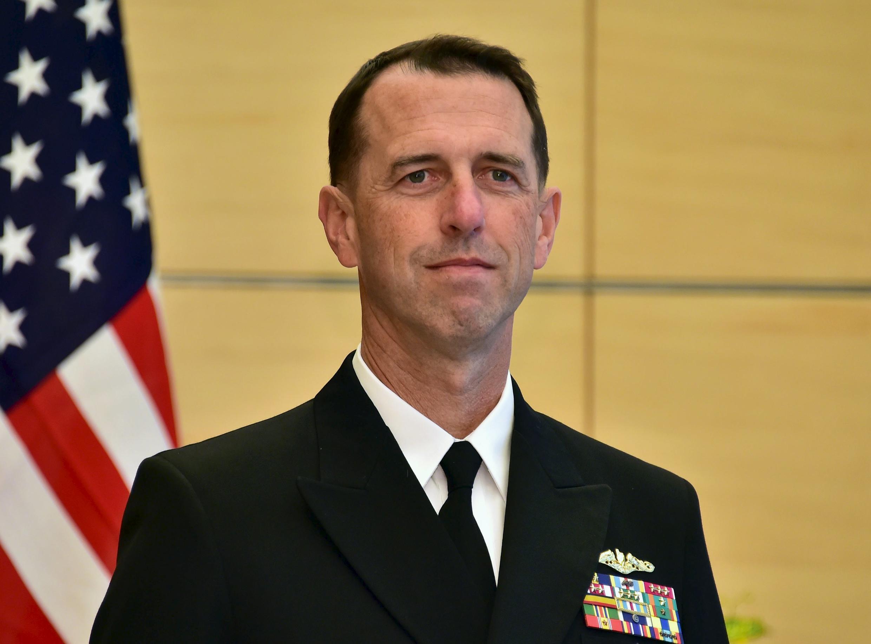 Đô đốc John Richardson, tư lệnh hải quân Hoa Kỳ, ảnh chụp ngày 15/10/2015.